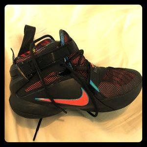Worn twice, Boys or Girls basketball shoes